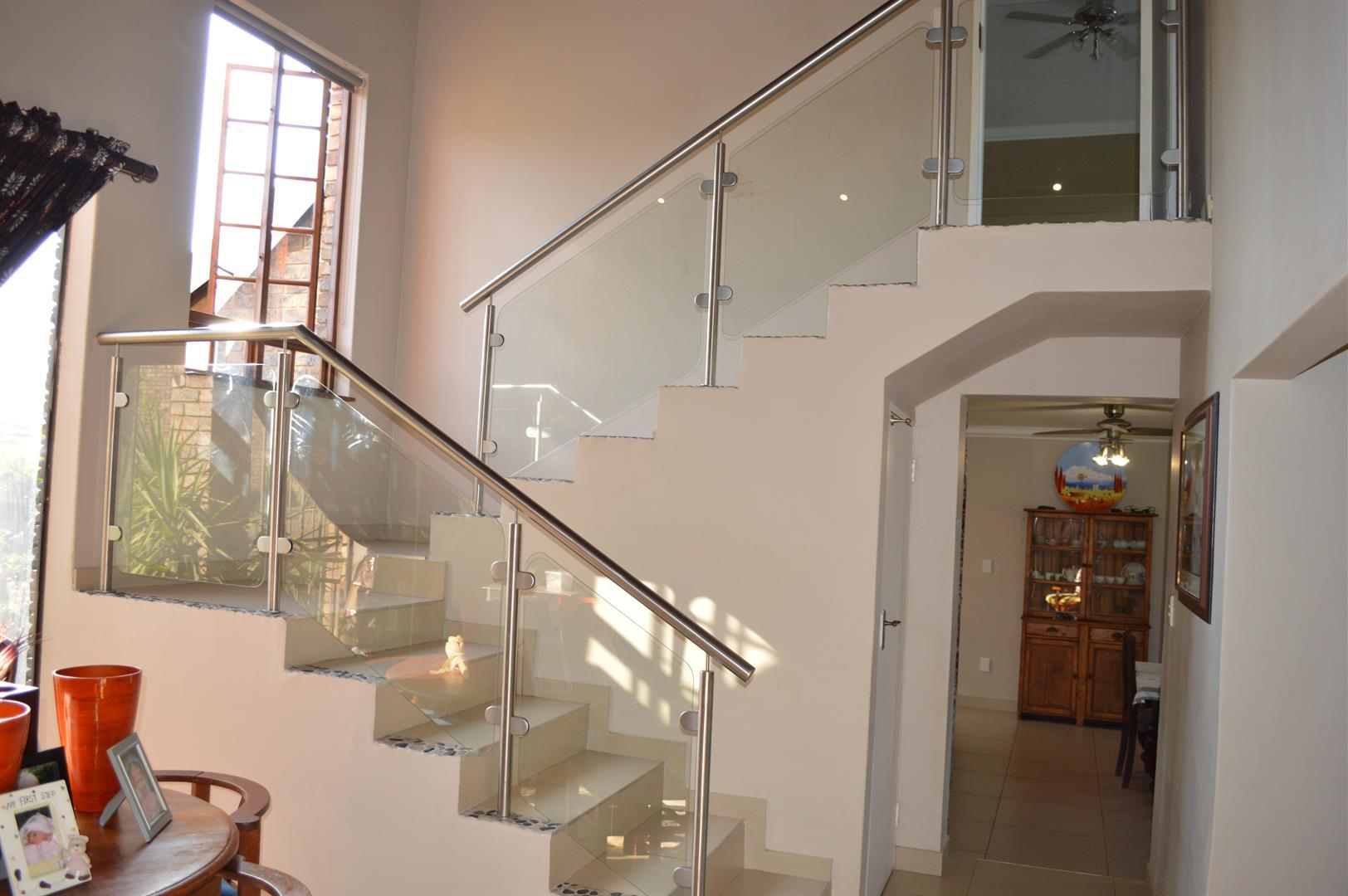 Raslouw A H property for sale. Ref No: 13442161. Picture no 17