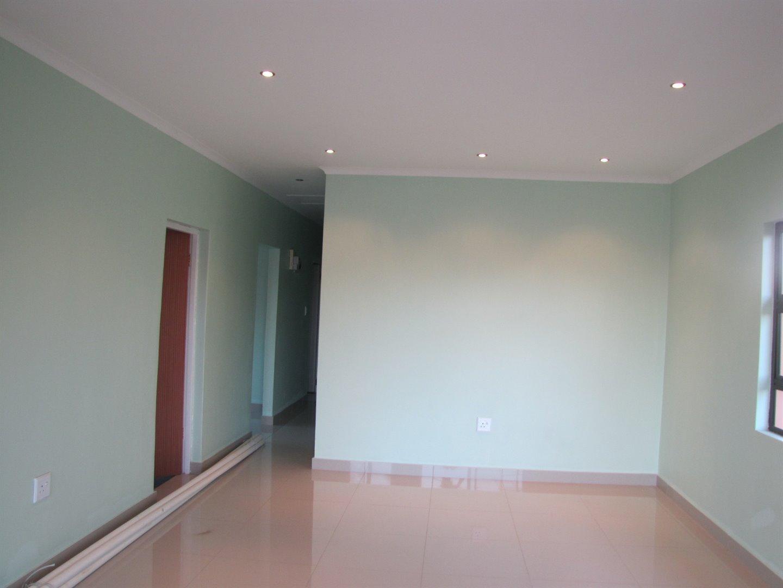 Lovu property for sale. Ref No: 13481638. Picture no 4