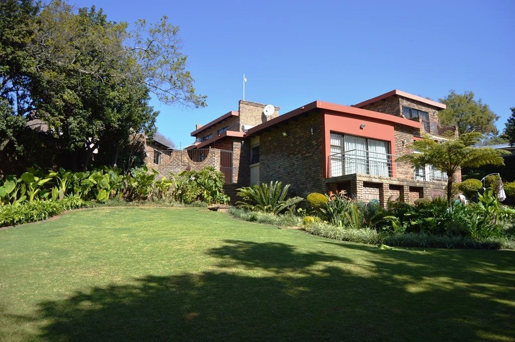 Pretoria, Faerie Glen Property  | Houses For Sale Faerie Glen, Faerie Glen, House 5 bedrooms property for sale Price:3,599,000
