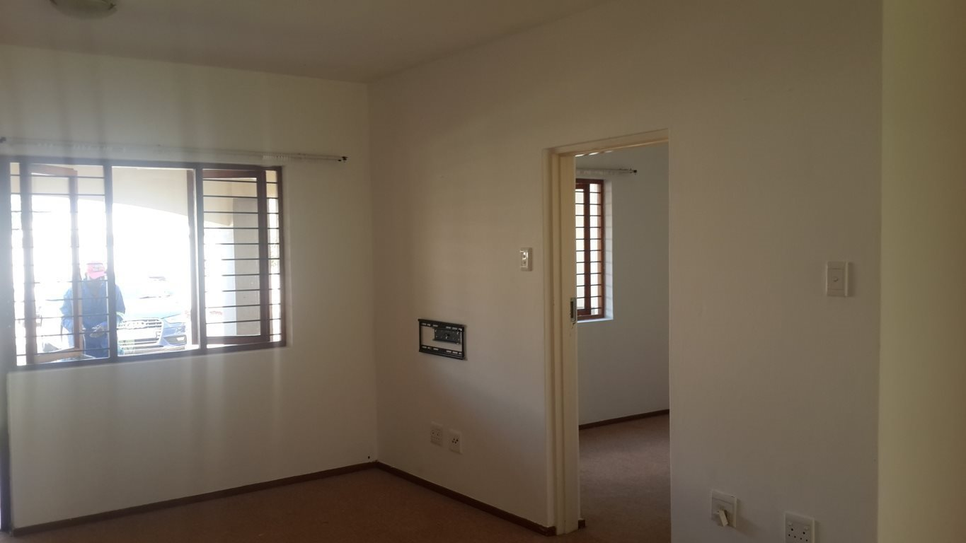 Hesteapark property for sale. Ref No: 13533263. Picture no 7