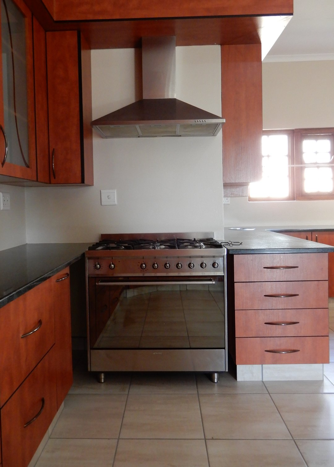 Eldo View property for sale. Ref No: 13571784. Picture no 24