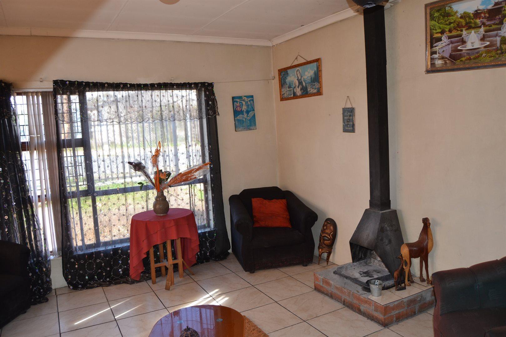 Bella Vista property for sale. Ref No: 13510816. Picture no 5