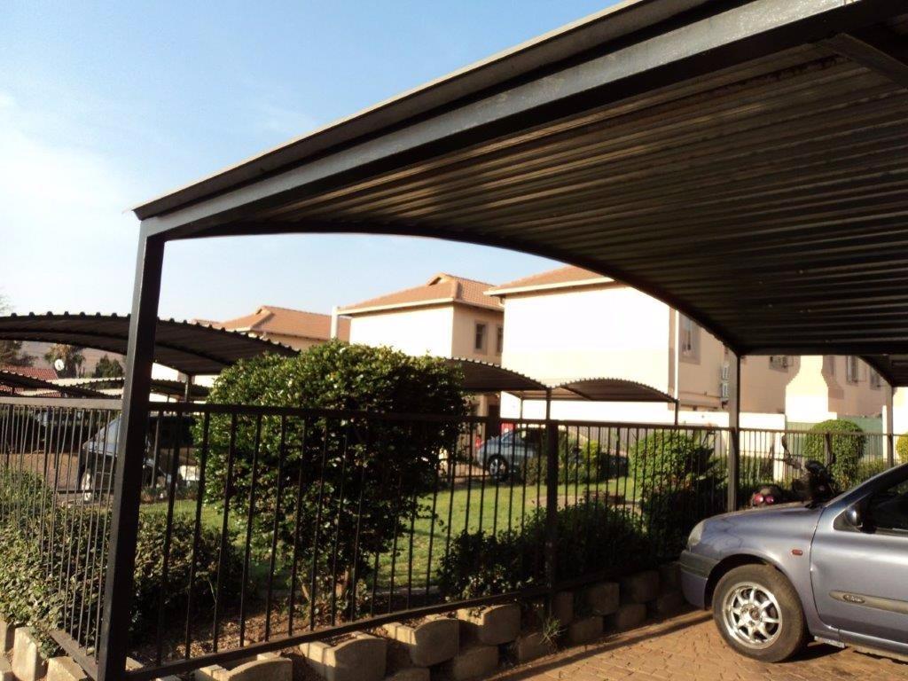Pretoria, Claremont Property  | Houses For Sale Claremont, Claremont, Townhouse 2 bedrooms property for sale Price:580,000