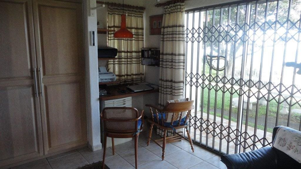 Trafalgar property for sale. Ref No: 13278875. Picture no 9