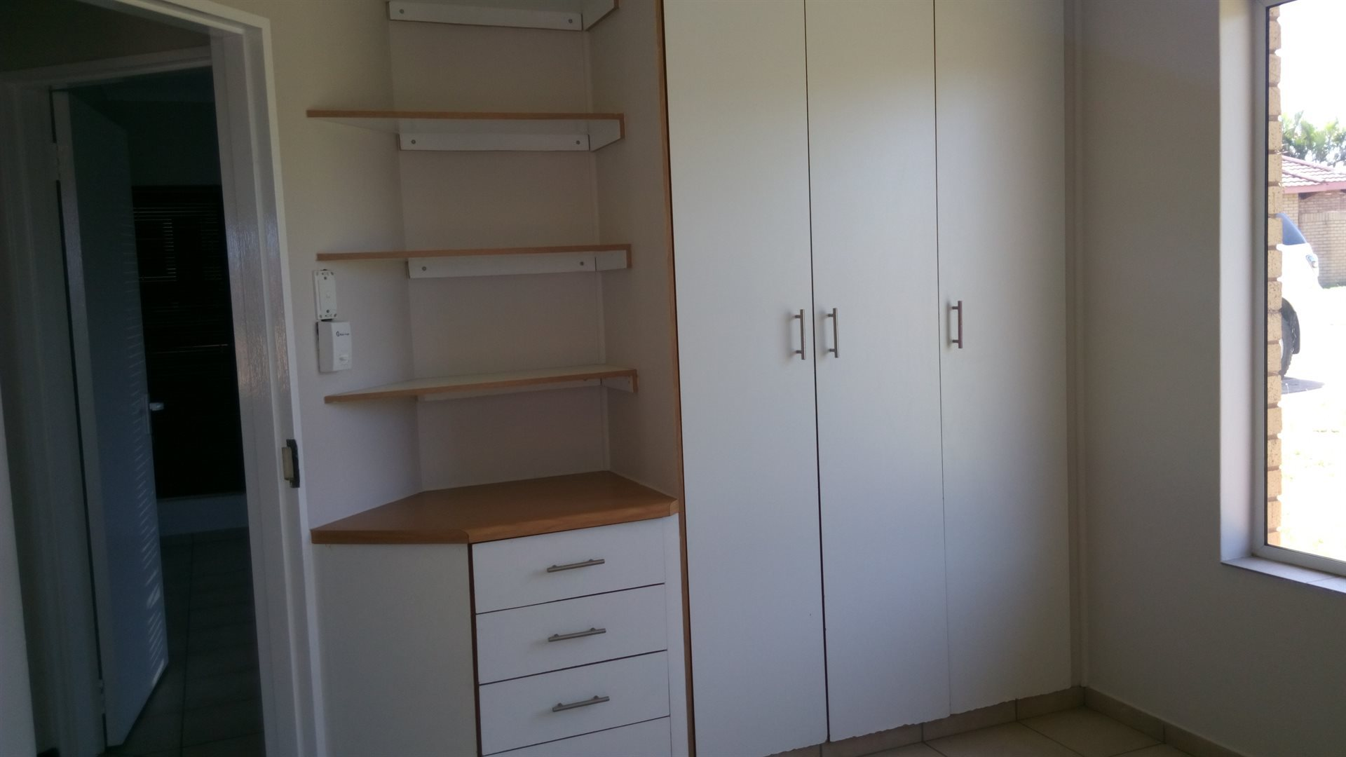 Birdswood property to rent. Ref No: 13549579. Picture no 4