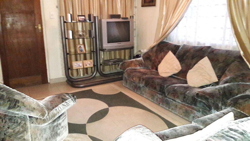 Brackenham property for sale. Ref No: 13387038. Picture no 1