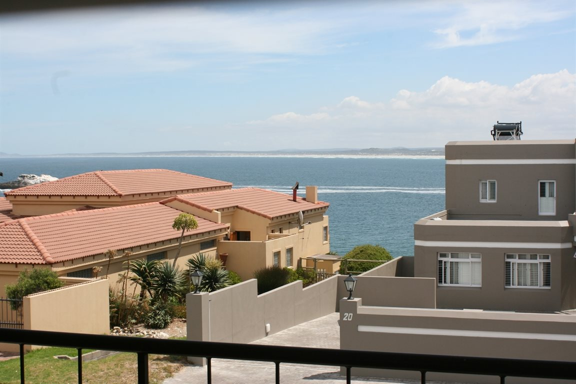 Yzerfontein property for sale. Ref No: 13294850. Picture no 26