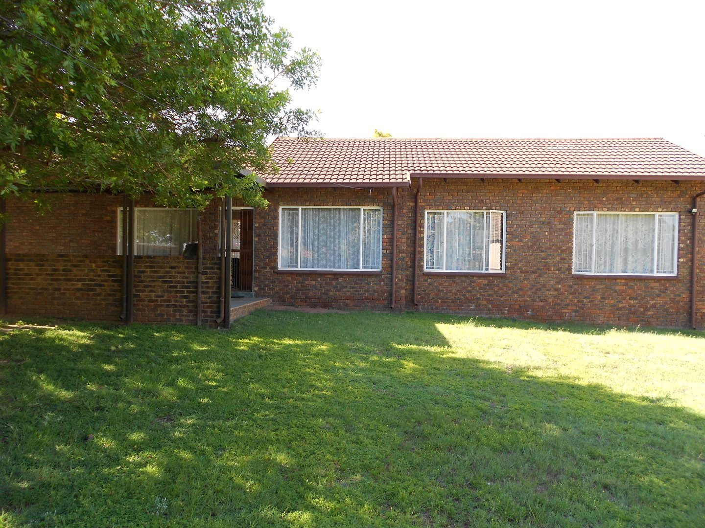 Rooihuiskraal property for sale. Ref No: 13572771. Picture no 1