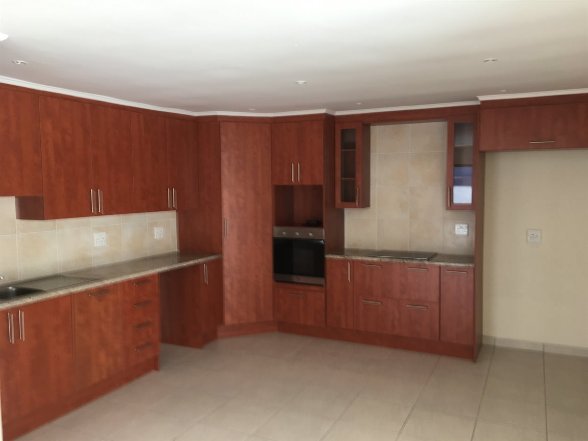 Johannesburg, Highlands North Property  | Houses To Rent Highlands North, Highlands North, Apartment 1 bedrooms property to rent Price:,  8,00*