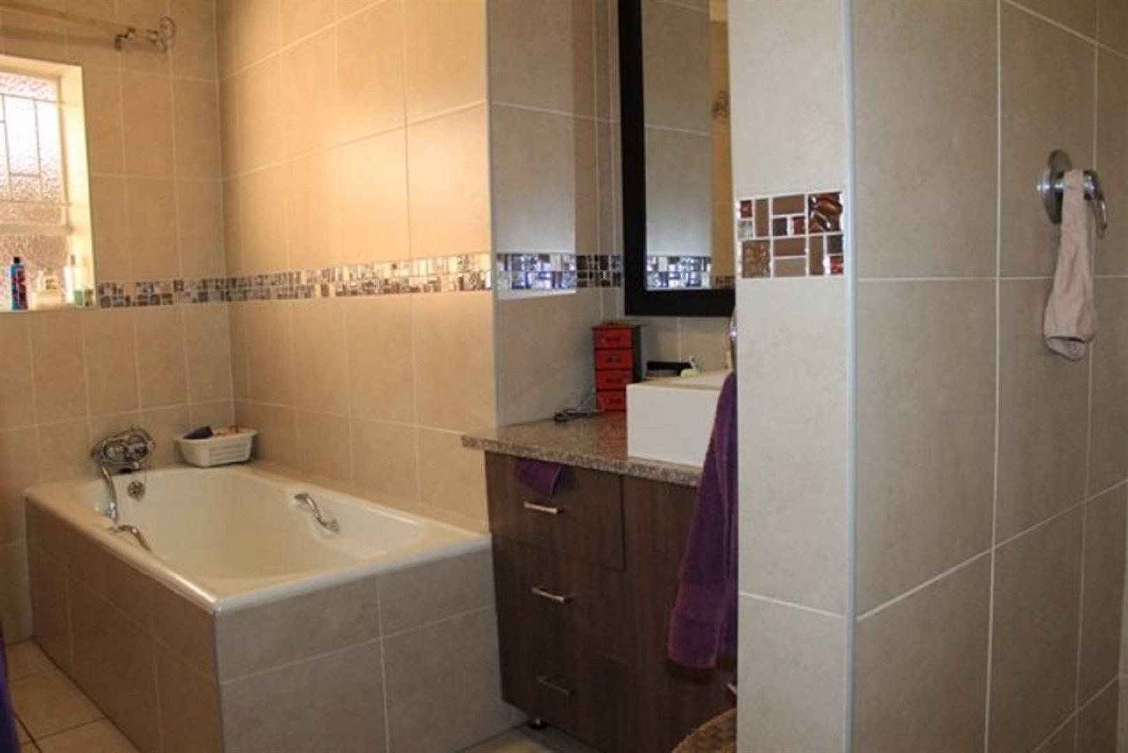 Pretoria North property for sale. Ref No: 13566737. Picture no 7