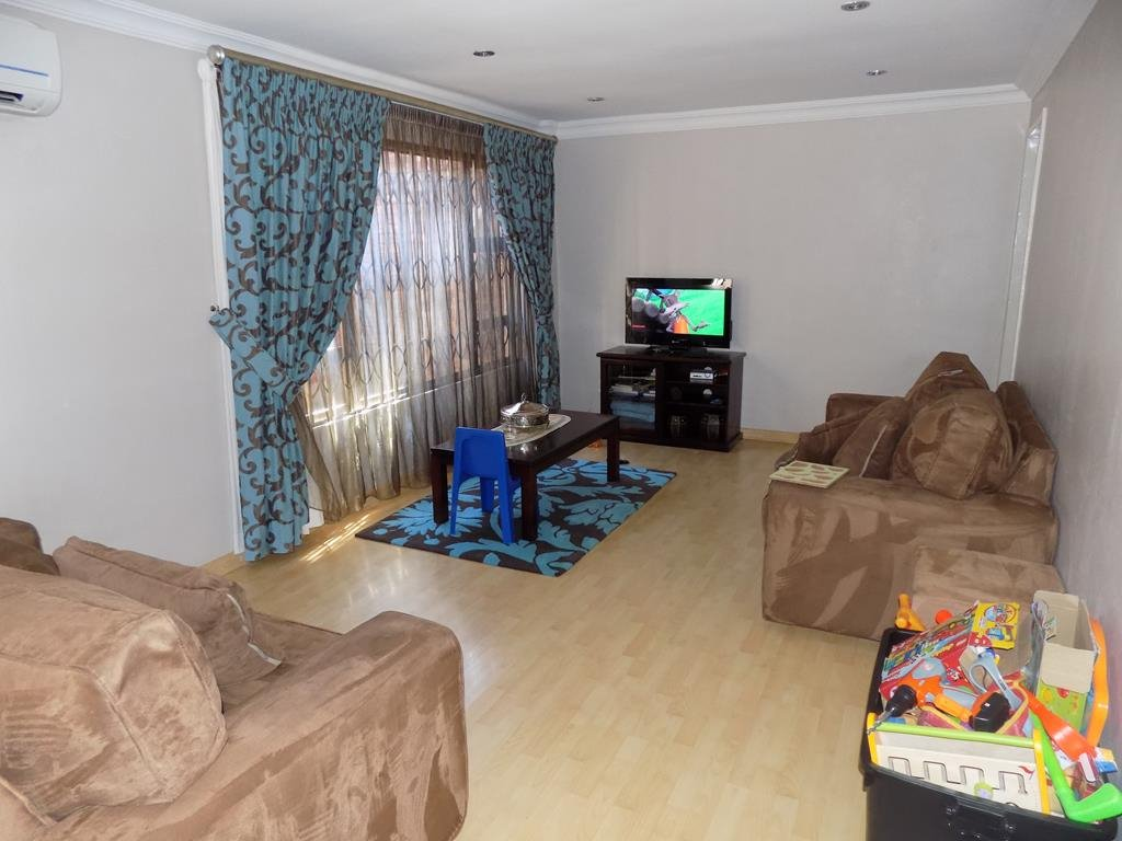 Laudium property for sale. Ref No: 13368162. Picture no 11