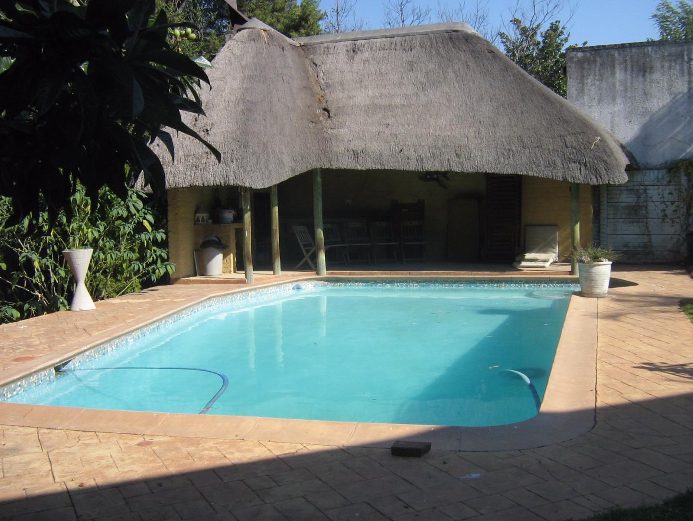 Mondeor property for sale. Ref No: 13525767. Picture no 21