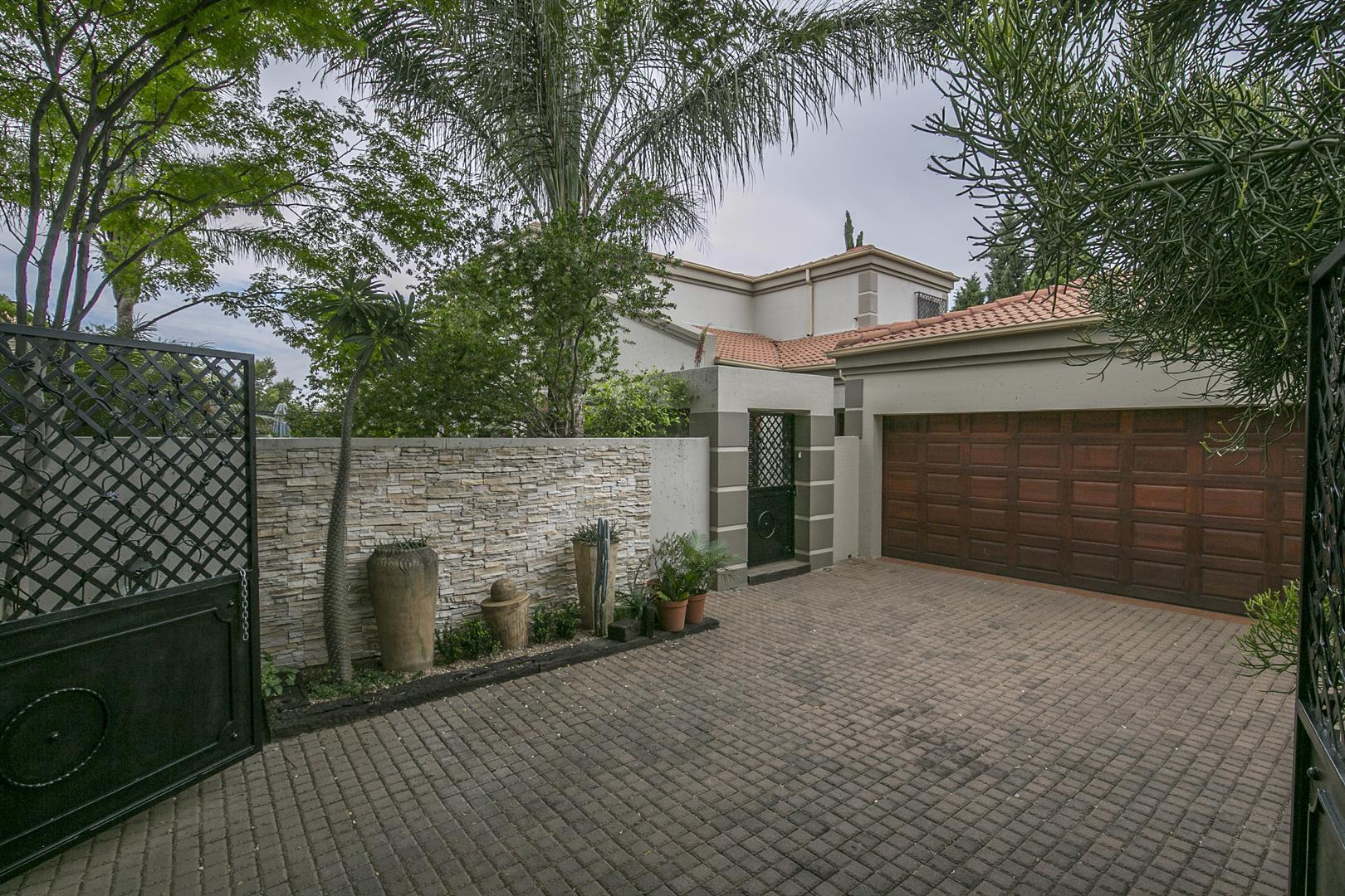 Sandton, Fourways Property  | Houses For Sale Fourways, Fourways, House 3 bedrooms property for sale Price:2,900,000