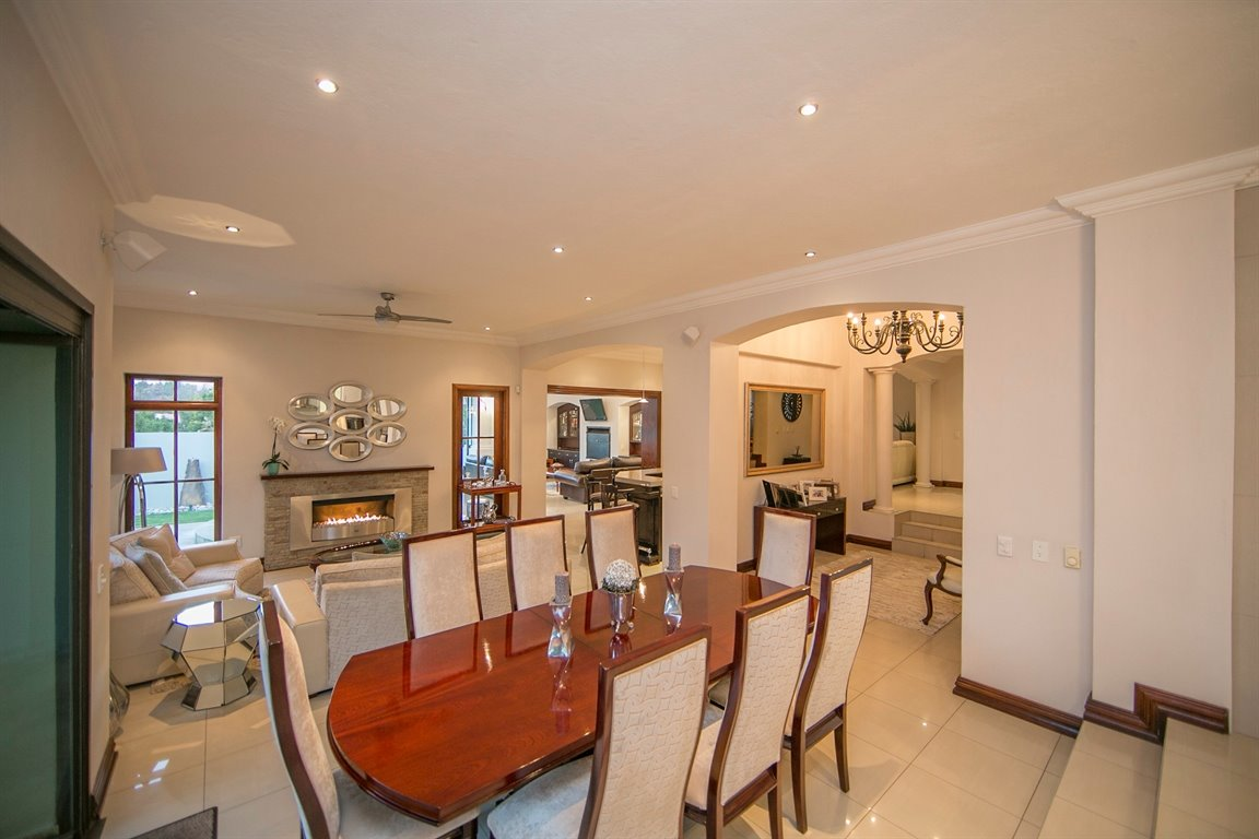 Dainfern Golf Estate property for sale. Ref No: 13290015. Picture no 10
