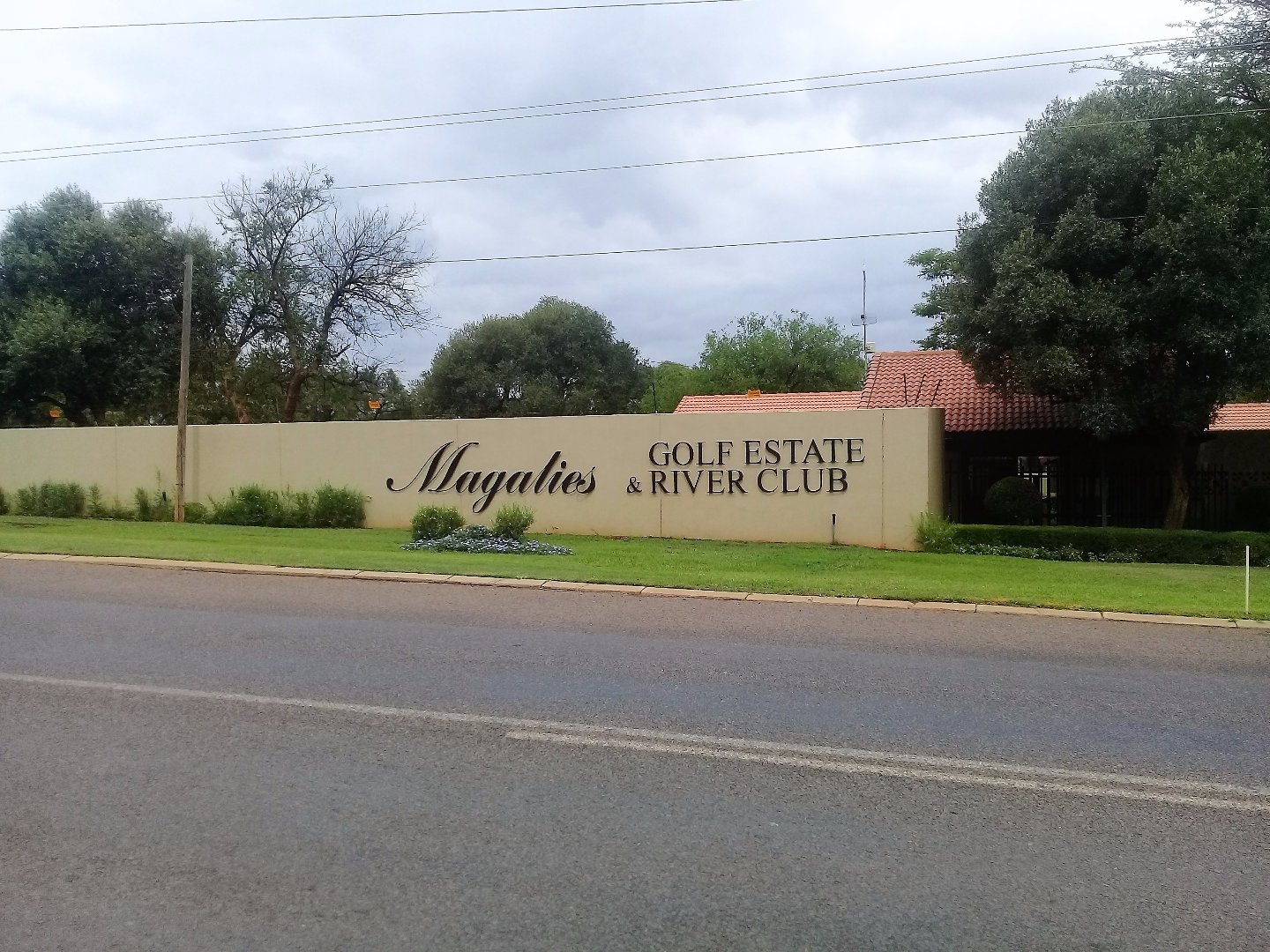 Magalies Golf Estate property for sale. Ref No: 13590056. Picture no 25