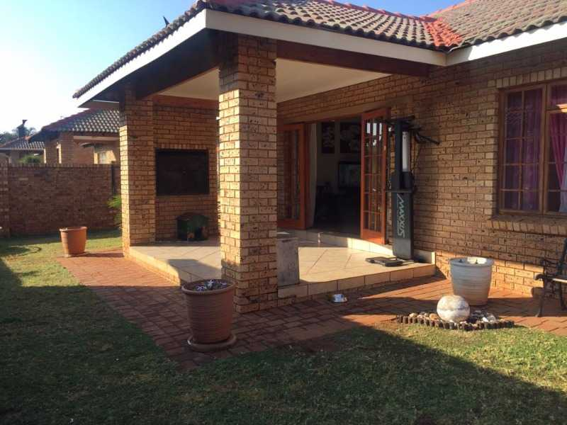 Theresapark property for sale. Ref No: 13568222. Picture no 1