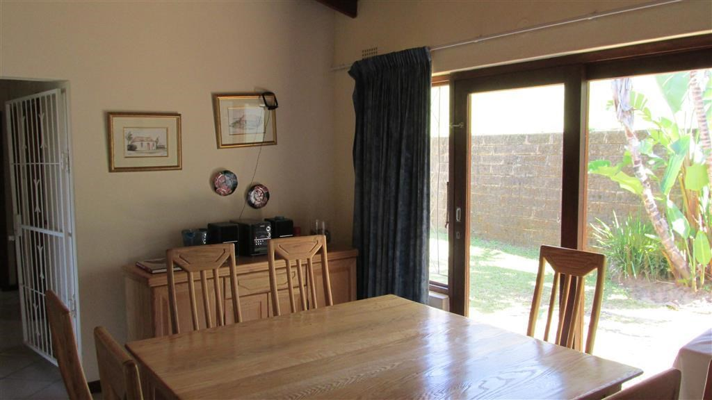 Southbroom property for sale. Ref No: 13405558. Picture no 9