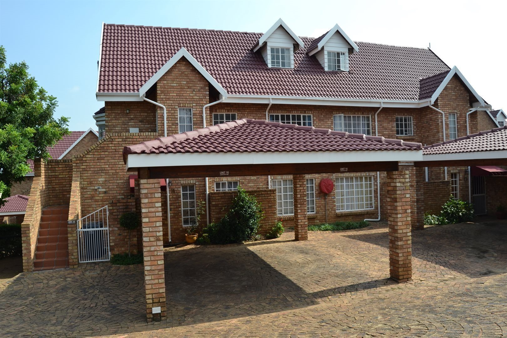 Roodepoort, Radiokop Property  | Houses For Sale Radiokop, Radiokop, Townhouse 2 bedrooms property for sale Price:795,000