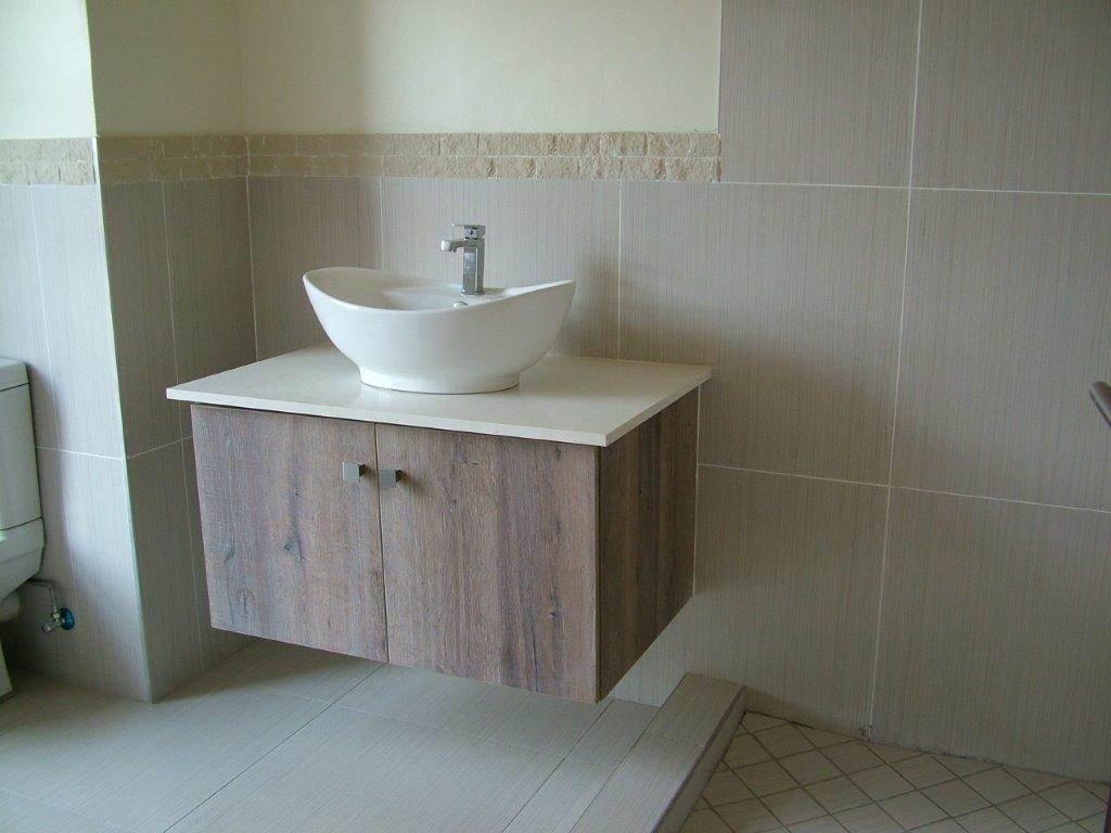 Midstream Ridge Estate property for sale. Ref No: 13500456. Picture no 7