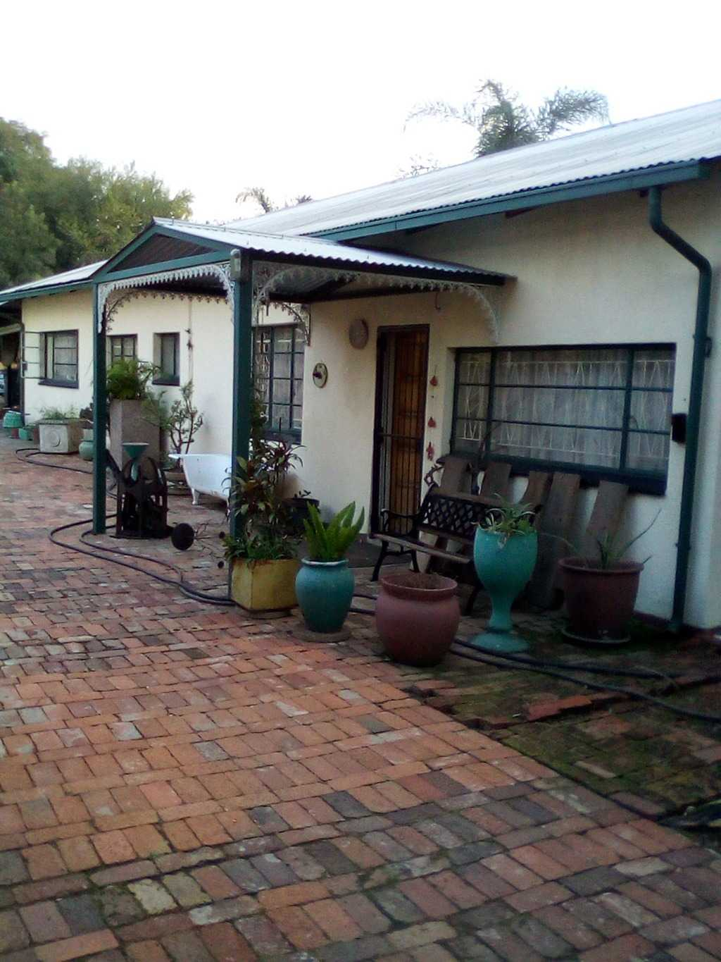 Property and Houses for sale in Claremont, House, 3 Bedrooms - ZAR 1,205,000