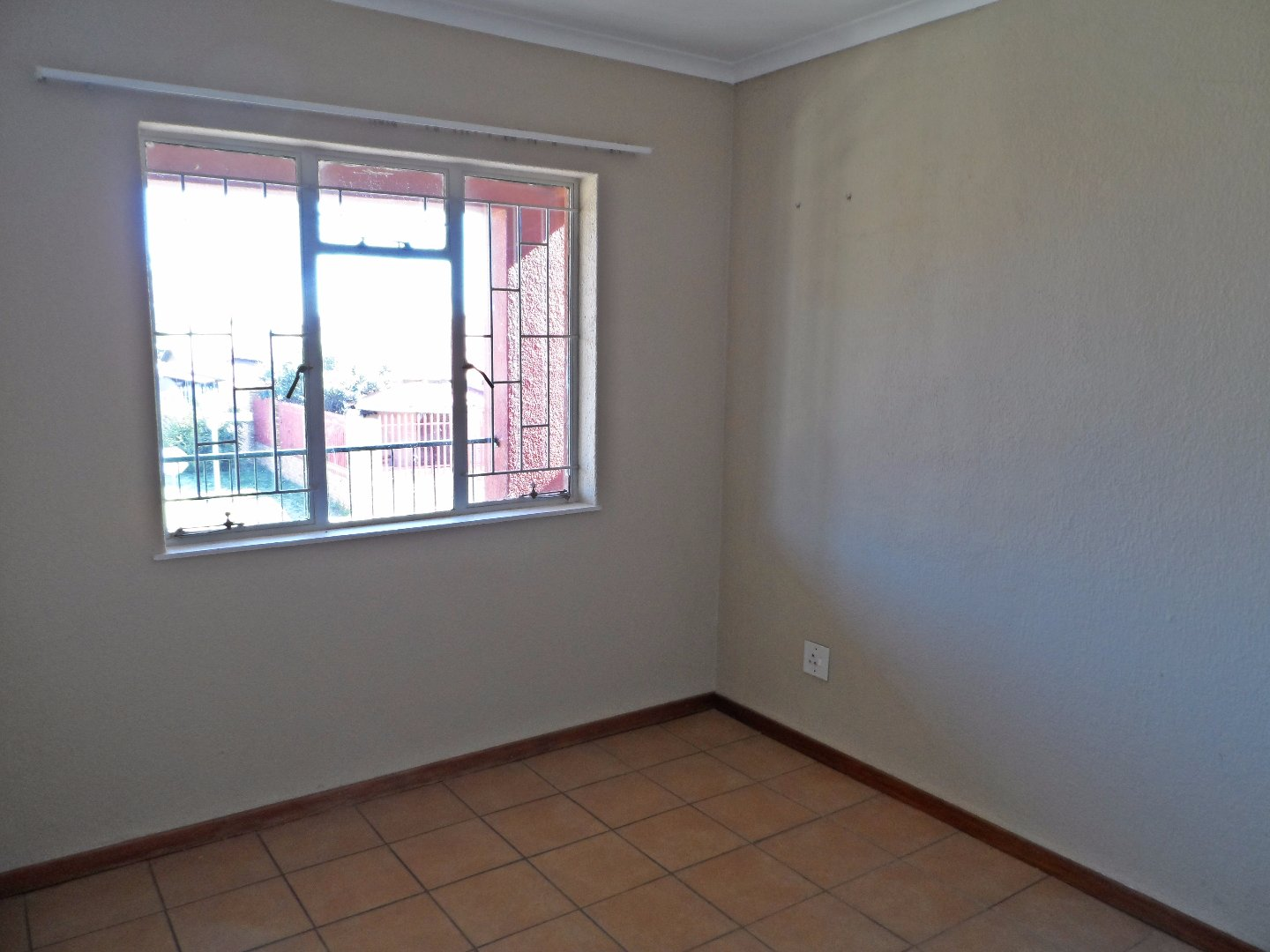 Burgershoop property for sale. Ref No: 13393540. Picture no 11