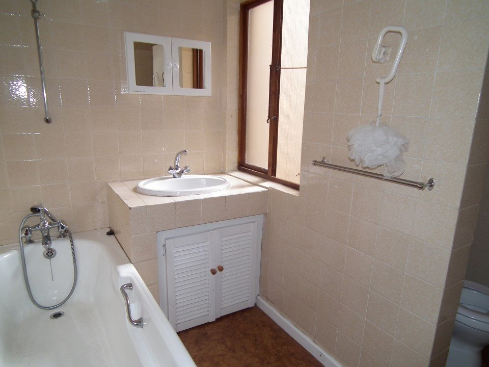 Ramsgate property for sale. Ref No: 13391505. Picture no 29
