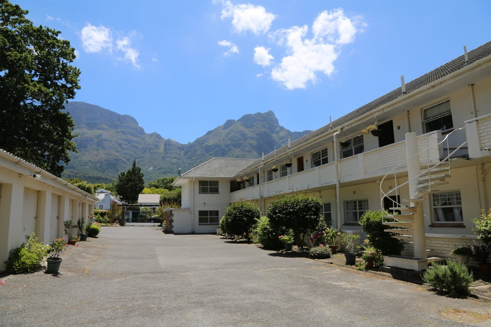 Cape Town, Newlands Upper Property  | Houses To Rent Newlands Upper, Newlands Upper, Apartment 1 bedrooms property to rent Price:, 12,00*