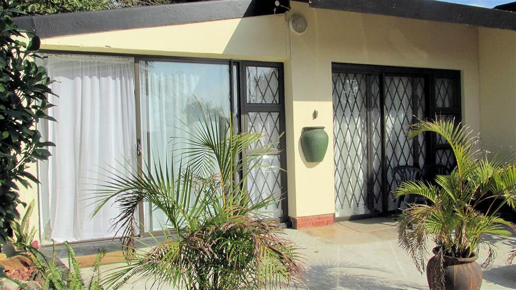 Shelly Beach property for sale. Ref No: 13361053. Picture no 19