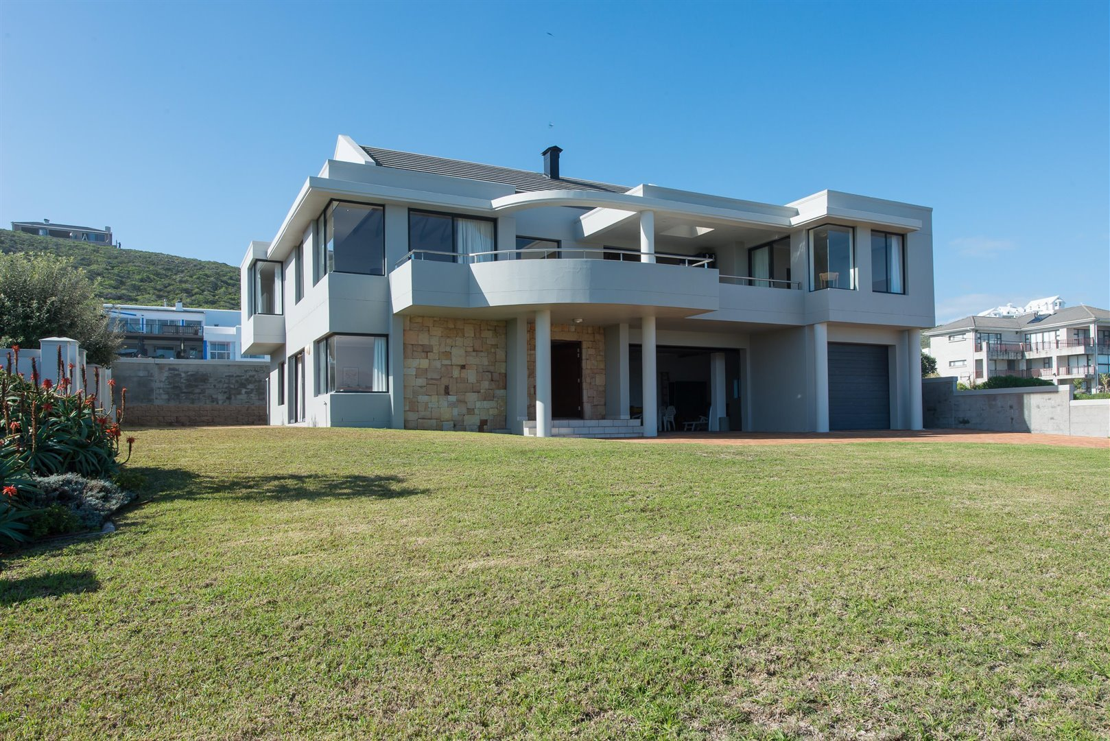 Yzerfontein property for sale. Ref No: 13373287. Picture no 66