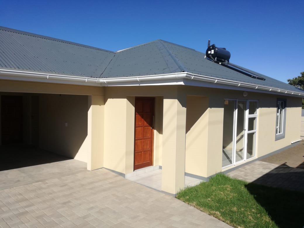 Property for Sale by DLC INC. ATTORNEYS Henry Sutherland, House, 3 Bedrooms - ZAR 1,295,000