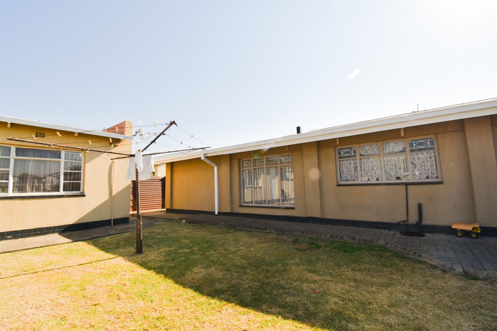 Duncanville property for sale. Ref No: 13520916. Picture no 13