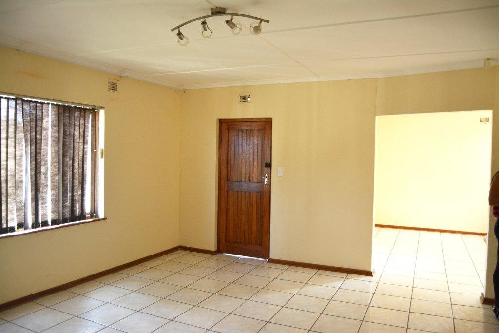 Port Shepstone property for sale. Ref No: 12778895. Picture no 5