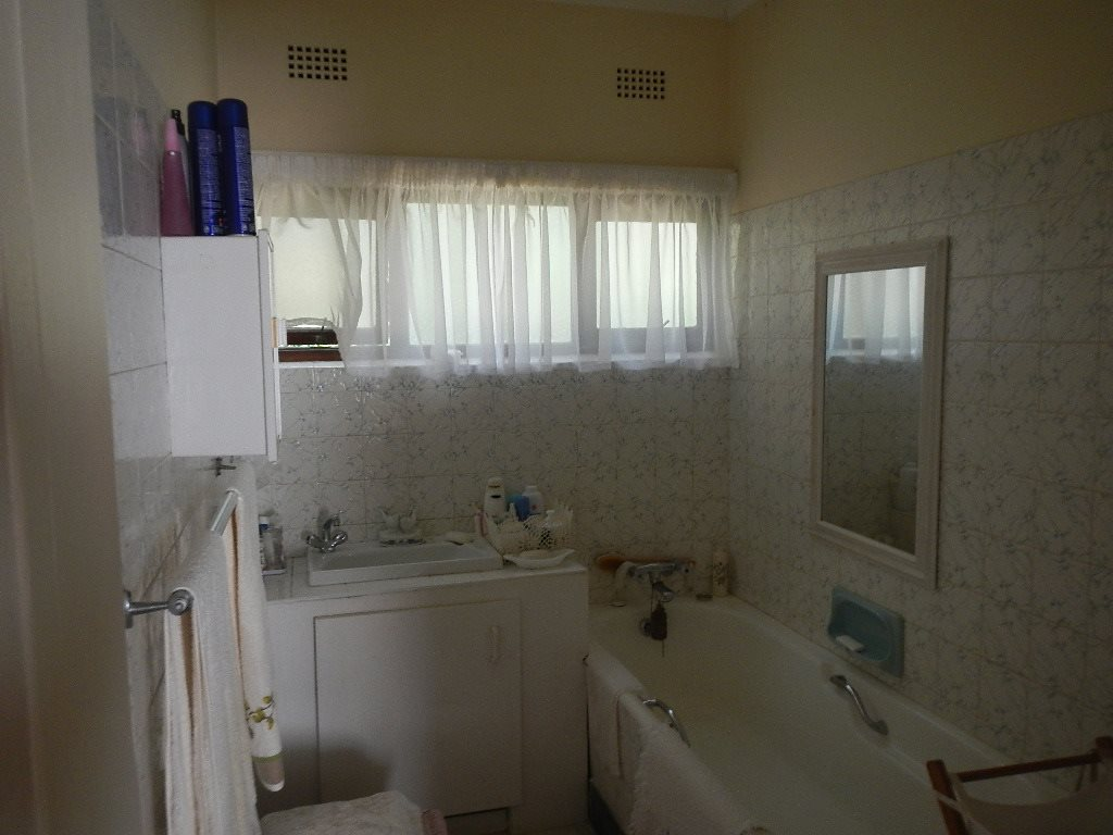 Hibberdene property for sale. Ref No: 12795116. Picture no 13