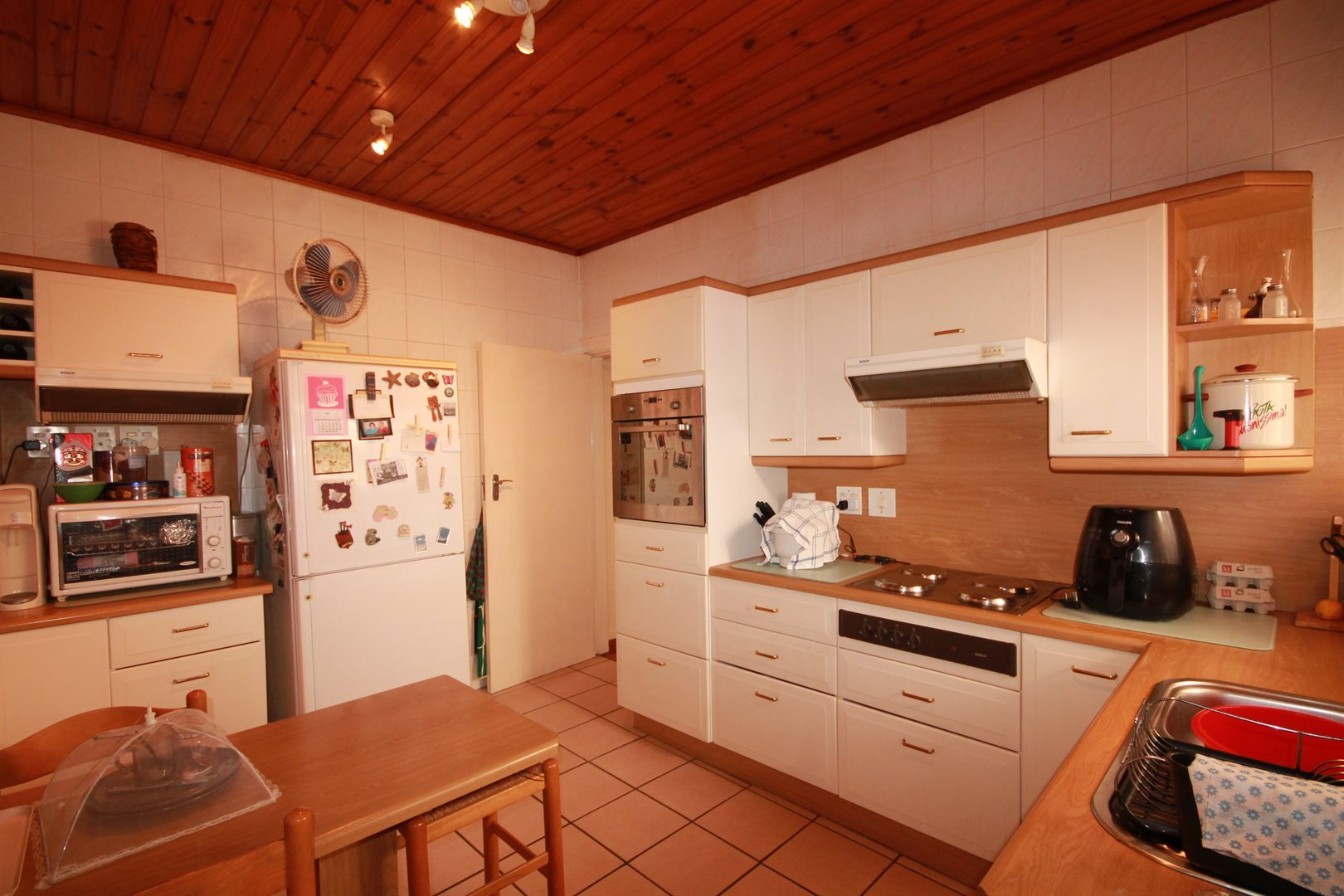 Pinelands property for sale. Ref No: 13463493. Picture no 10