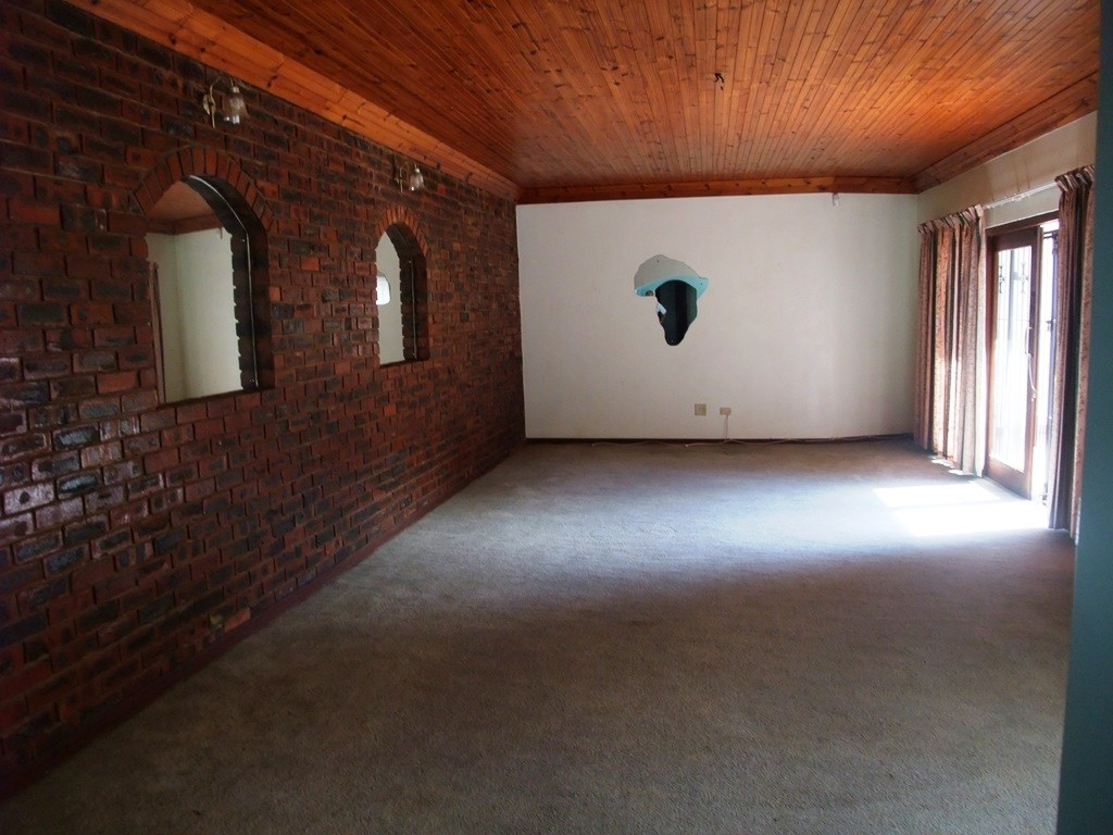Uvongo property for sale. Ref No: 13291127. Picture no 7