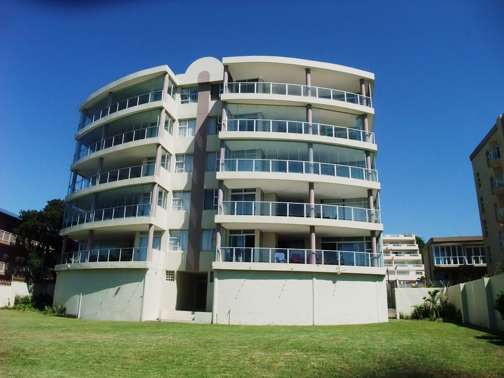 Margate property for sale. Ref No: 12775383. Picture no 3