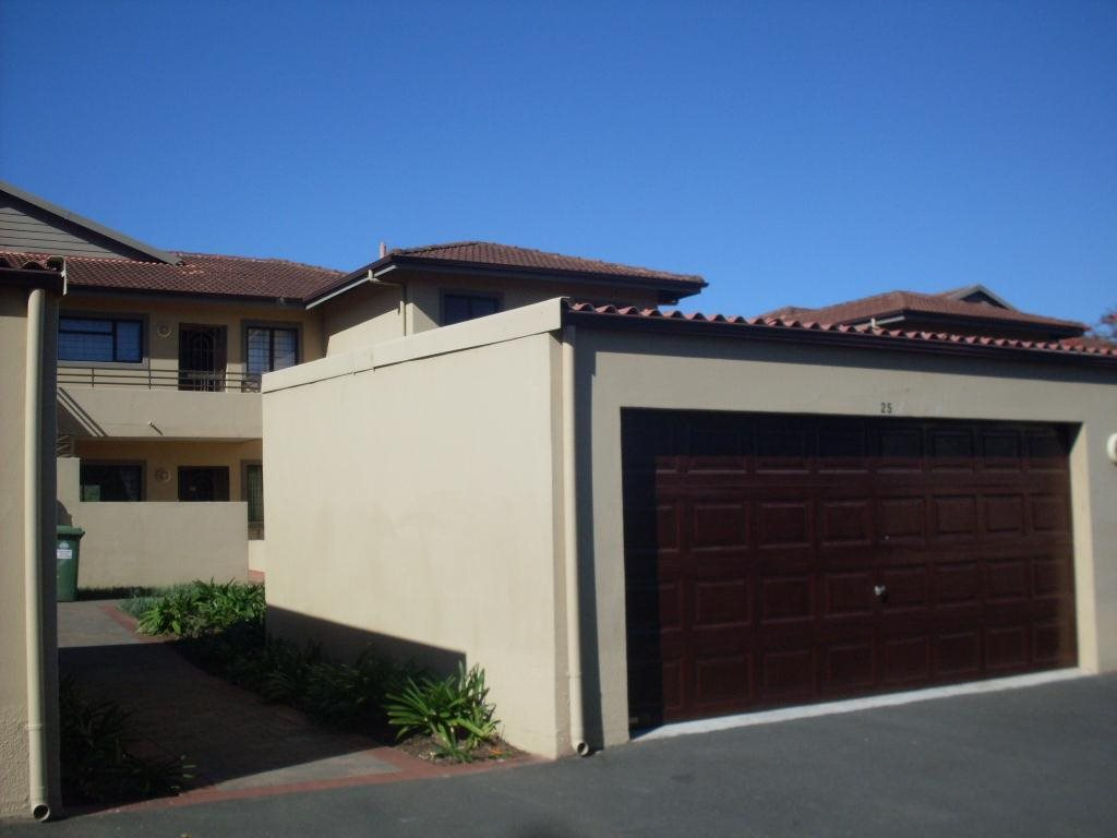 Uvongo property for sale. Ref No: 12765086. Picture no 2