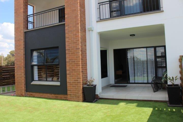 Pretoria, Sinoville Property  | Houses To Rent Sinoville, Sinoville, Apartment 3 bedrooms property to rent Price:, 10,00*