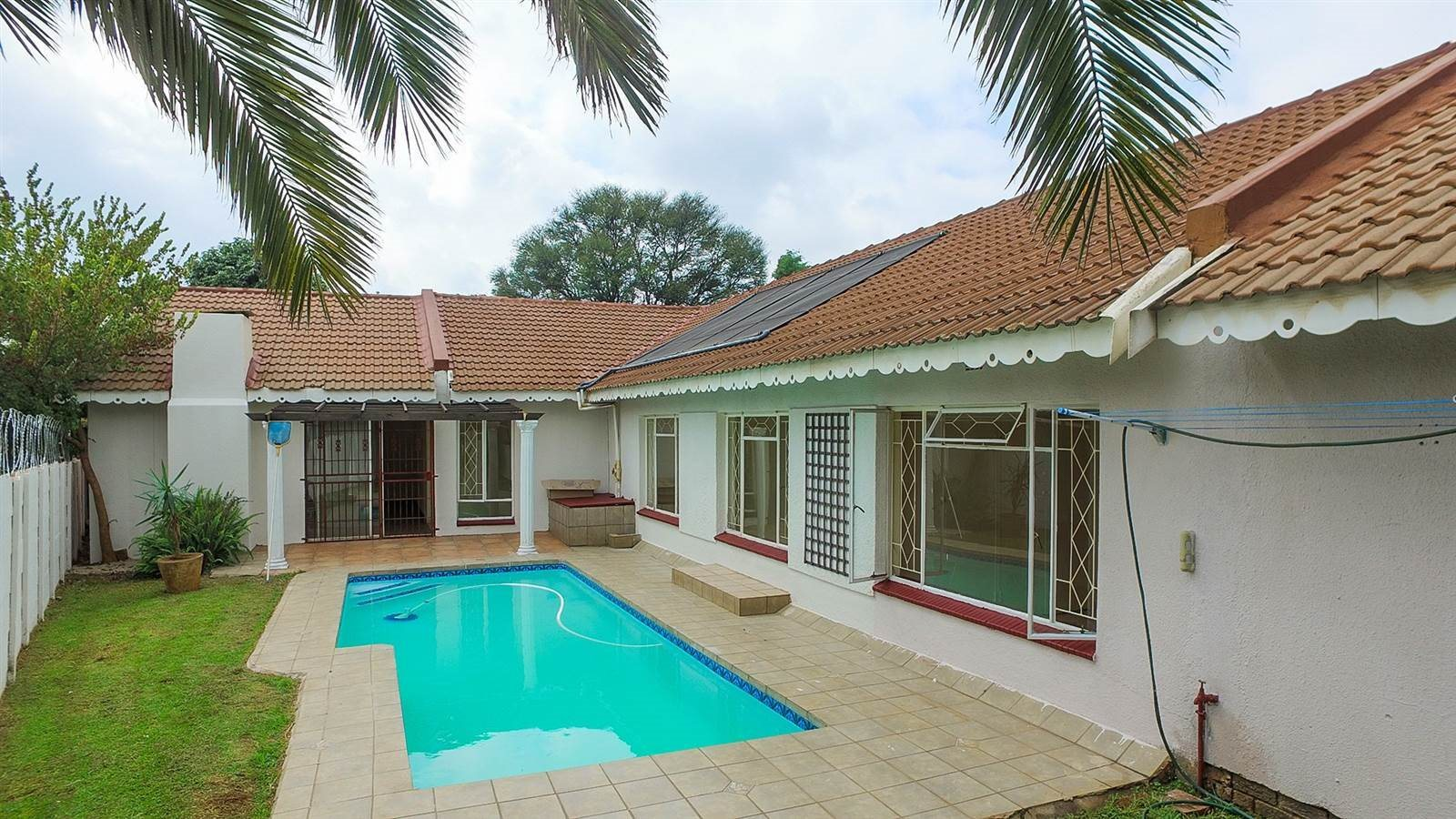 Kempton Park, Birchleigh Property    Houses For Sale Birchleigh, Birchleigh, House 4 bedrooms property for sale Price:1,650,000