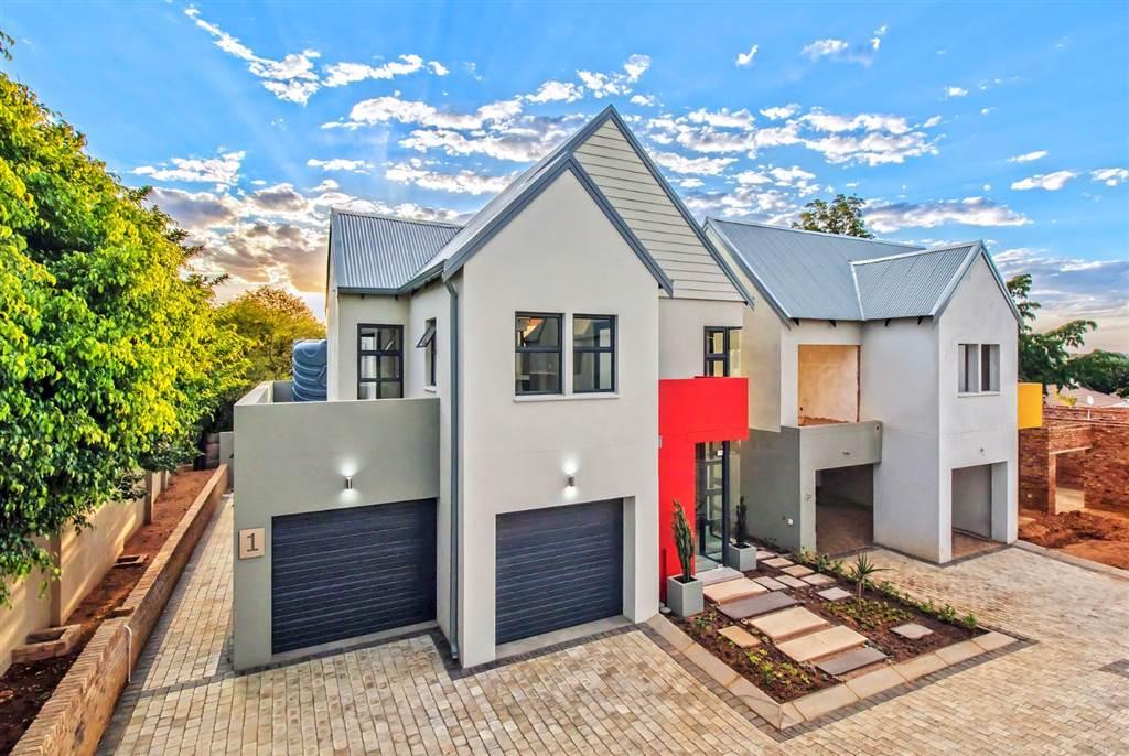 , House, 3 Bedrooms - ZAR 3,263,600