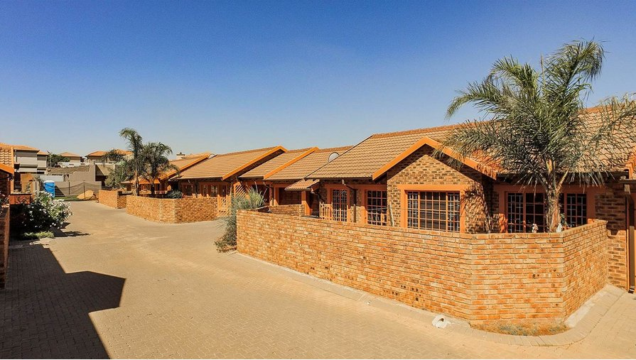 Greenstone Hill, Pebble Creek Property  | Houses For Sale Pebble Creek, Pebble Creek, Townhouse 3 bedrooms property for sale Price:1,445,000