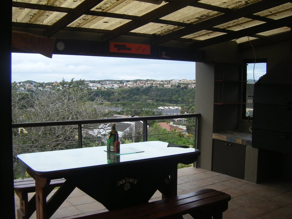 Beacon Bay property for sale. Ref No: 12799080. Picture no 17