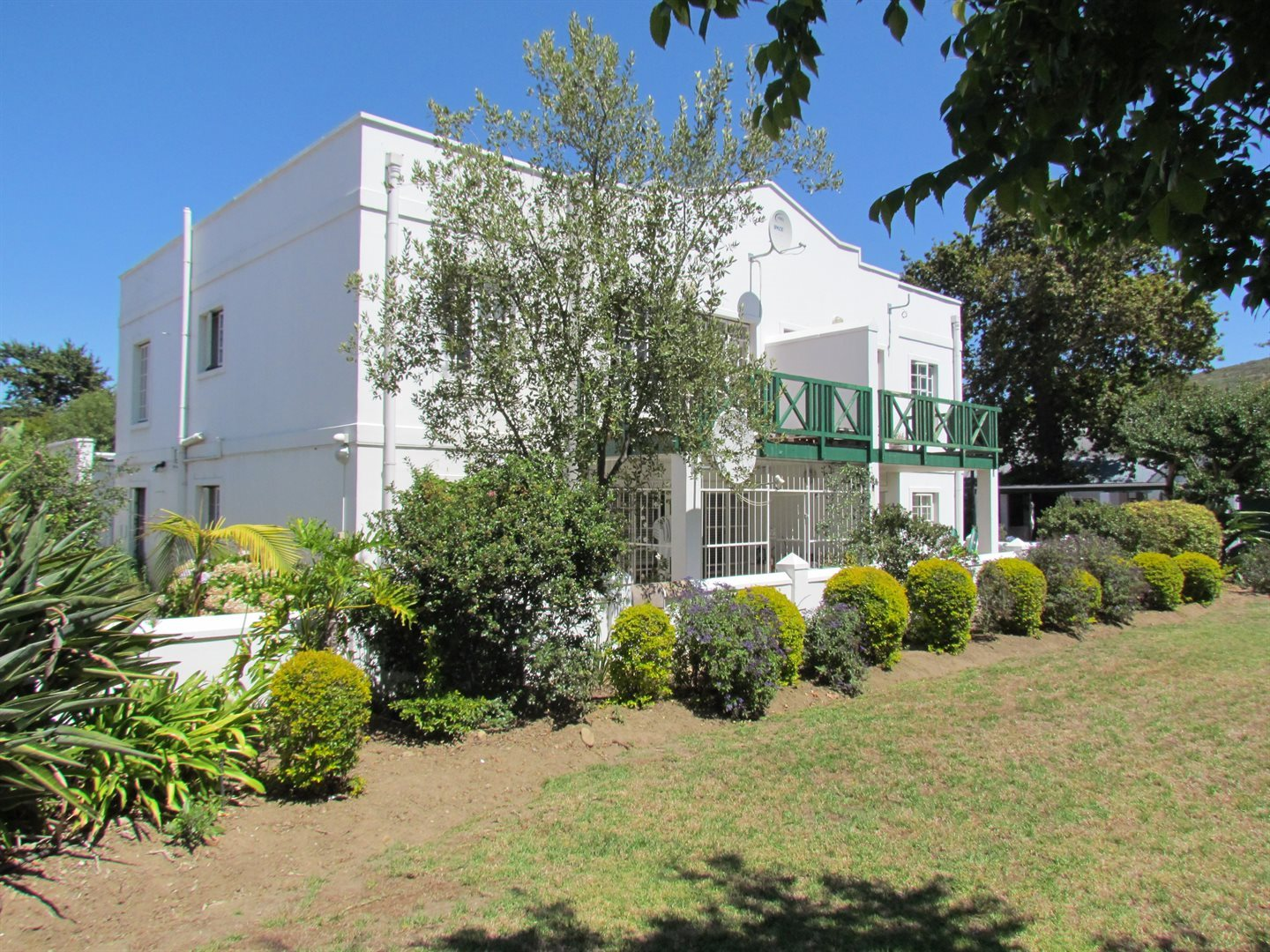Property and Houses for sale in Die Boord, Apartment, 2 Bedrooms - ZAR 2,490,000