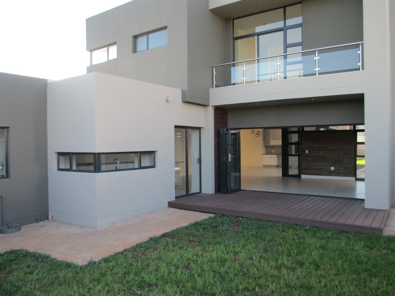 Midstream Ridge Estate property for sale. Ref No: 13479529. Picture no 9