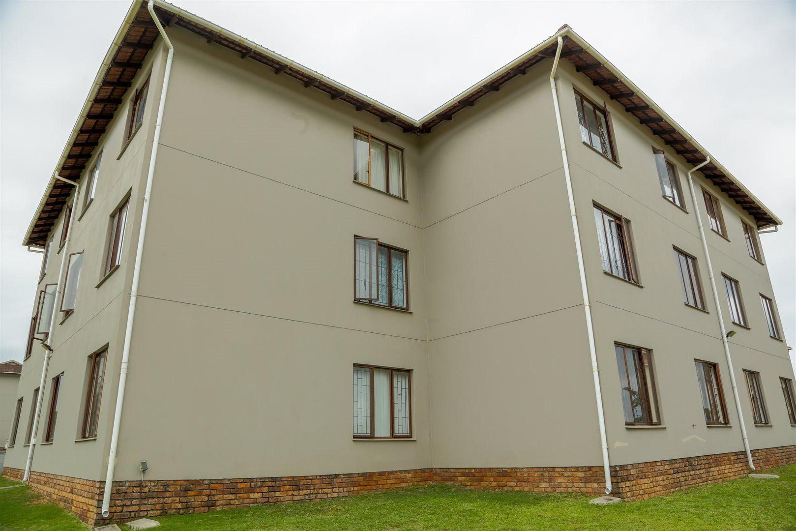 Brackenham property for sale. Ref No: 13481259. Picture no 20