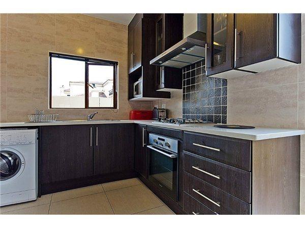 Midrand property for sale. Ref No: 13532319. Picture no 3