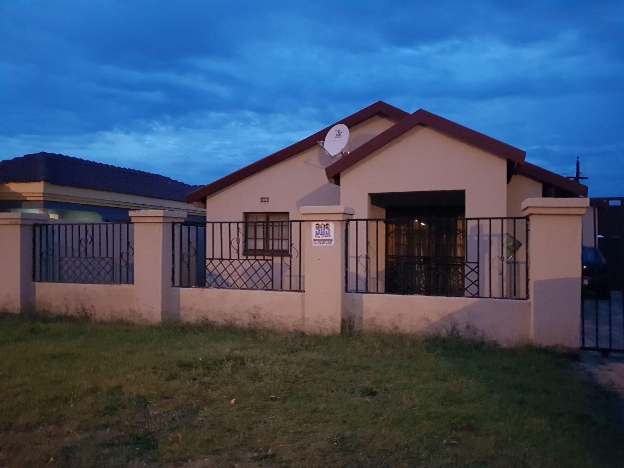 Johannesburg, Naturena Property  | Houses For Sale Naturena, Naturena, House 3 bedrooms property for sale Price:799,000