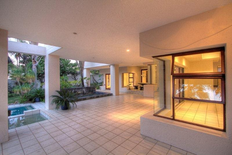 Fourways Gardens property for sale. Ref No: 13401246. Picture no 17