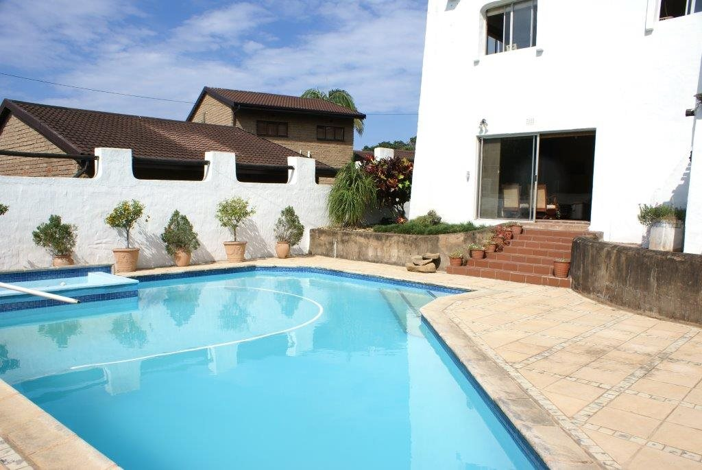 Leisure Bay property for sale. Ref No: 13327298. Picture no 8