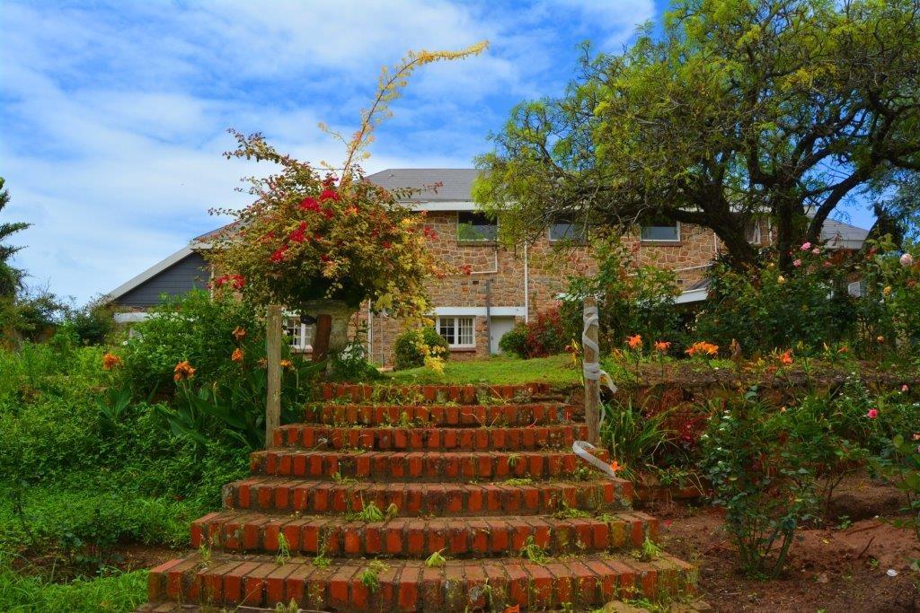 Woodgrange property for sale. Ref No: 13413908. Picture no 28